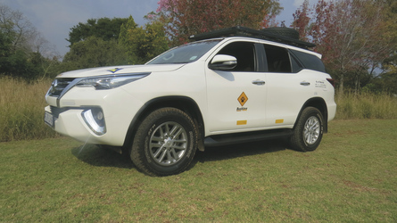 Toyota Fortuner 4x4 (ForS)