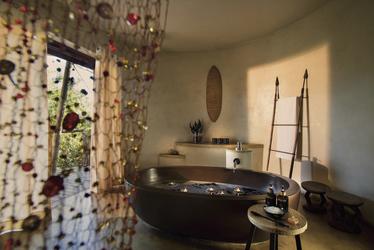 Badezimmer der Suite, ©DOOKPHOTO
