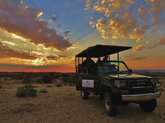 Unterwegs in der grünen Kalahari