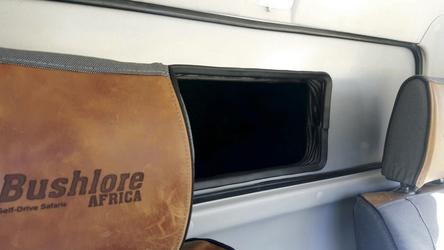 Praktischer Stauraum in der Fahrerkabine