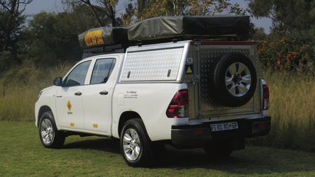 4x4 Toyota Hilux mit zwei Dachzelten (HILC4)