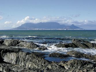 Blick über die Bucht nach Kapstadt