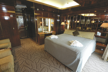 Veranda Suites