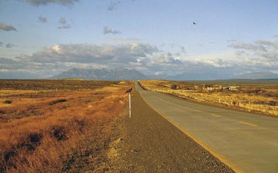 Straße durch die Patagonische Pampa