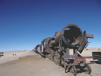 Eisenbahnfriedhof im Salar de Uyuni
