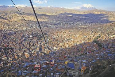 Mit der Seilbahn über La Paz