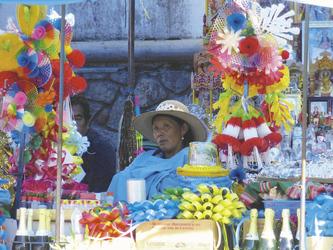 Indigena auf dem Markt in Copacabana
