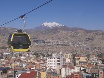 Seilbahnfahrt über La Paz