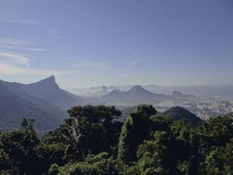 Blick vom Chinese Hat auf Rio de Janeiro