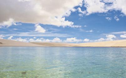 Kristallklare Lagune im Lencois Maranhenses NP