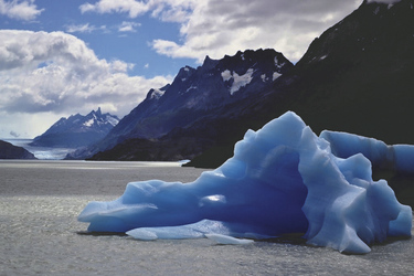 Eisberg im Lago Grey