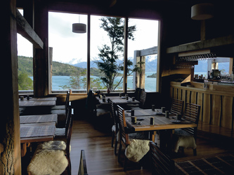 Patagonia Camp Restaurant, Bar