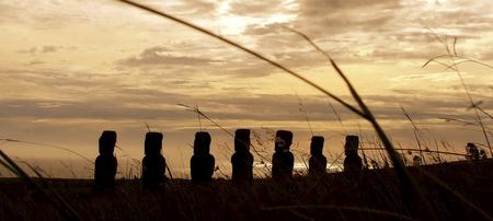Moais auf der Osterinsel, ©explora Chile