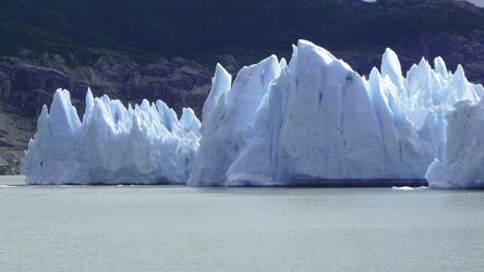 Eisberge im Lago Grey, NP Torres del Paine, ©Andes Nativa