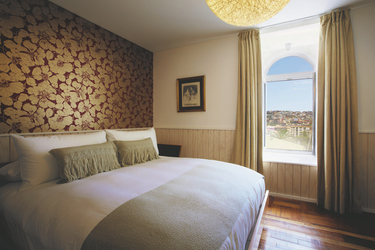 Zimmerbeispiel Premiumzimmer, ©NILS SCHLEBUSCHnnilsphoto@gmail.comnTel_ 917-364-2973