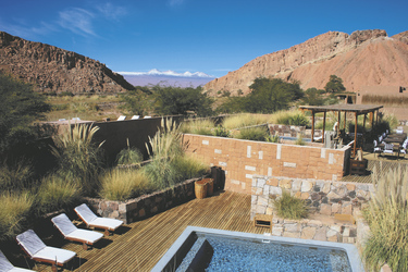 Poolbereich im Alto Atacama