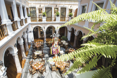 Restaurant im Patio Andaluz