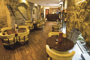 Bar im Patio Andaluz ©darekwitkowski@op.pl