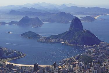 Blick vom Corcovado auf den Zuckerhut, ©South American Tours
