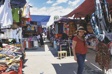Plaza de los Ponchos