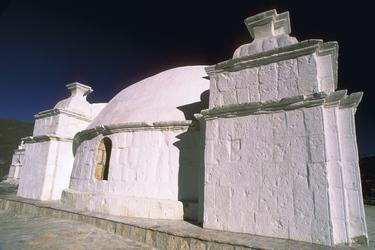 Dom der Lari Kirche