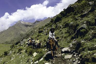 mit dem Pferd auf dem Salkantay Trail