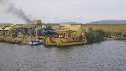 Schilfinsel der Uros im Titicacasee