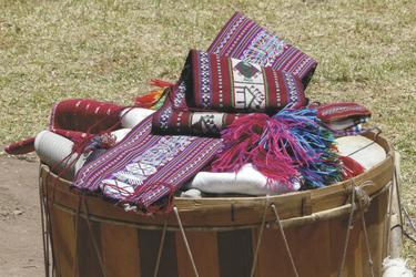 Traditionelle Stoffe von Uros