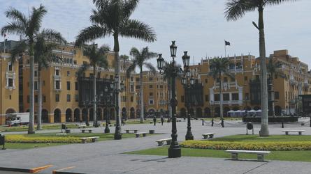 am Hauptplatz von Lima