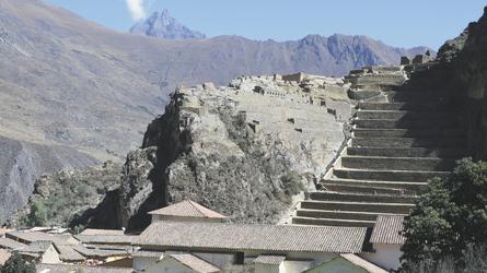 Blick auf die Inka-Festung von Ollantaytambo