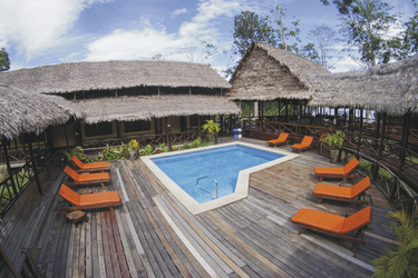 Poolbereich Heliconia Lodge