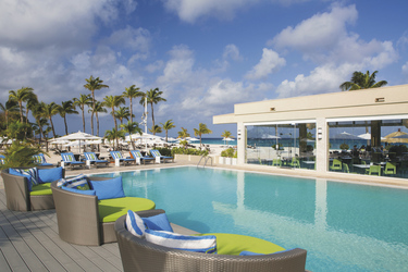 Poolbereich, ©Bucuti & Tara Beach Resort