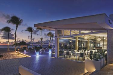 Elements-Restaurant am Strand, ©Bucuti & Tara Beach Resort