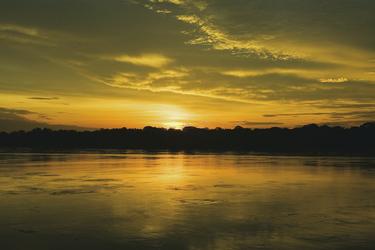 Sonnenuntergang in Tambopata Naturreservat