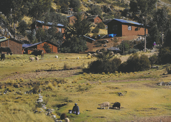 Dorf auf der Insel Luquina