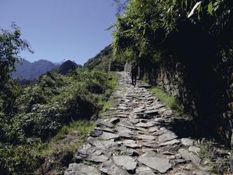 alter Inkapfad zwischen Machu Picchu und Sonnentor