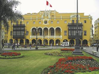 Plaza de Armas in Lima ©S.A.T.