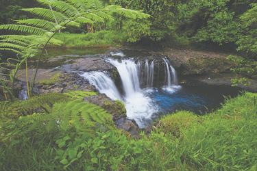 Wasserfall © Kirkland, ©KIRKLANDPHOTOS.COM