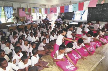 Schulbesuch Fiji