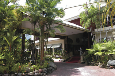 Madang Resort Hotel