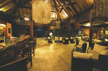 Abends im Restaurant © T. McKenna, 2009 ©tim-mckenna.com