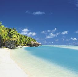 Strand des Aitutaki Lagoon Resort