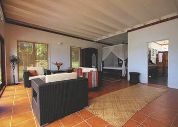 Lounge in der 2-Schlafzimmer-Villa
