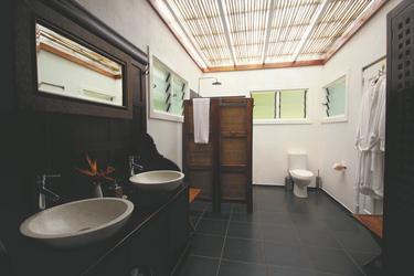 Bad der 2-Schlafzimmer-Villa