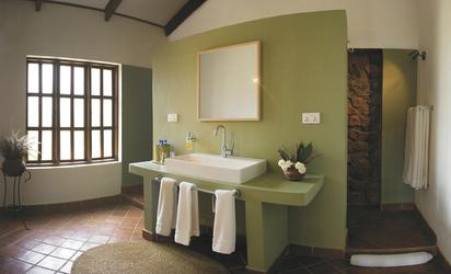 Bad eines Gästezimmers in der Bashay Rift Lodge, ©Bashay Rift Lodge