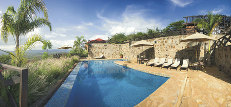 Pool der Bashay Rift Lodge, ©Bashay Rift Lodge