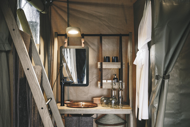 Bad eines Safarizelts, ©Sanctuary Retreats