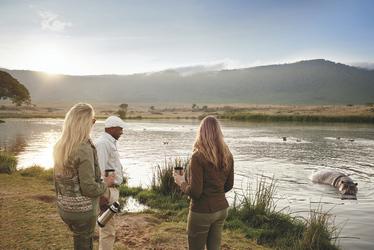 Begegnung im Ngorongoro Schutzgebiet