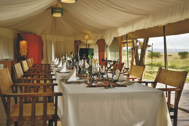 Restaurant im Ewanjan Tented Camp