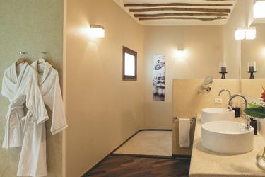 Badezimmer einer Suite
